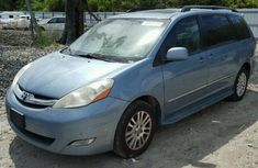 Clean Toyota Sienna 2008 Blue for sale