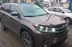 Toyota Highlander 2017 Automatic Petrol ₦26,300,000 for sale