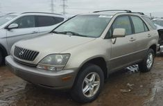 Tokunbo Lexus Rx300 2000 Gold for sale