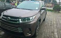 Toyota Highlander 2017 ₦27,500,000 for sale