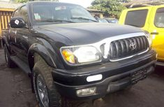 2004 Toyota Tacoma Automatic Petrol well maintained for sale