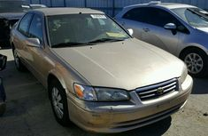 2000 TOYOTA CAMRY CE GOLD FOR SALE