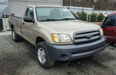 Toyota Tundra 2005 gold for sale