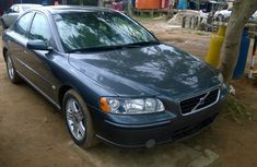 Clean Tokunbo Volvo S60 2006  FOR SALE