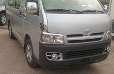 Toyota HIACE Bus 2010 Silver in good condition for sale