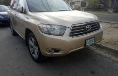 Toyota Highlander 2009 Automatic Petrol ₦4,500,000 for sale