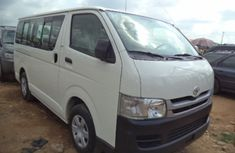 Well kept Toyota Hiace Bus 2006 for sale