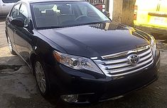 Clean Toyota Avalon 2011 Black for sale