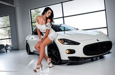 The world's top 10 cars ladies love