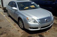 2008 Tokunbo used Toyota Avalon silver for sale