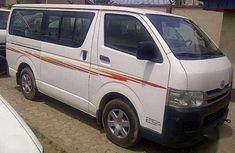 1999 Toyota Hiace bus for sale