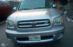 Toyota Sequoia 2004 clean and sexy for sale