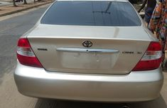 Foreign used Toyota Camry 2005 gold for sale