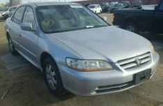 Clean Honda 2003 silver for sale
