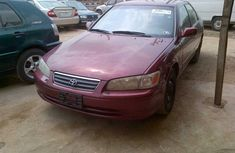 Sharp Toyota Camry 2001 red for sale