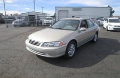 2000 Toyota Camry Gold for sale