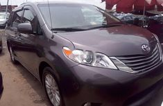 2012 Toyota Sienna Petrol Automatic for sale