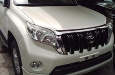 Almost brand new Toyota Land Cruiser Prado Petrol 2015 for sale