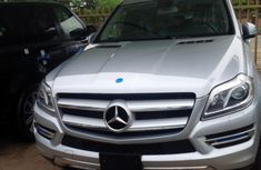 Clean neat Mercedes Benz GL450 2010 FOR SALE