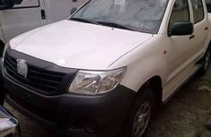Toyota Hilux 2014 White for sale