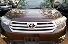 Toyota Highlander 2011 Brown FOR SALE