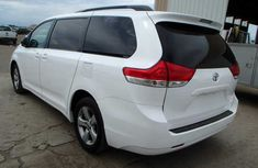 Good used 2011 Toyota Sienna for sale
