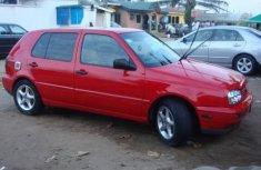 Volkswagen Golf 2000 in good condition for sale
