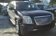 Good used GMC Yukon Denali 2013 black for sale cheap and affordable price