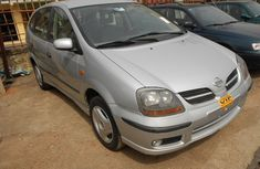 Tokunbo NISSAN ALMERA TINO 2006 FOR SALE