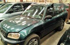 Toyota RAV4 1996 Green for sale