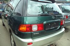 Foreign used Toyota Picnic 2004 FOR SALE