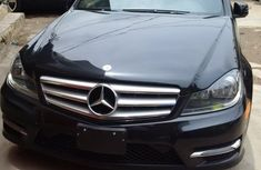 Tokunbo Mercedes Benz C300 4matic 2008 black for sale