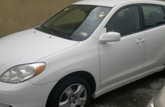 2008 Toyota Matrix white for sale