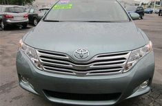 Buy and drive toyota venza for sale