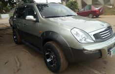 Ssangyong Rexton 2003 Gold for sale