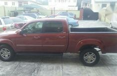 Toyota Tundra Sr5 4*4 2004 Red for sale