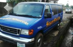 Ford E350 2006 Blue for sale