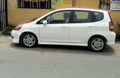 Honda FR-V 2008 White for sale