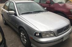 Clean Volvo S40 2002 Silver for sale