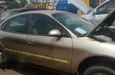 Ford Taurus 2002 Gold for sale