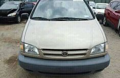 1999 Toyota Sienna for sale foreign used