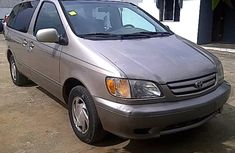 Buy and drive Tokunbo Toyota Sienna 2007 model for SALE