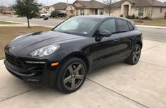 Cars 2016 Porsche Macan  FOR SALE