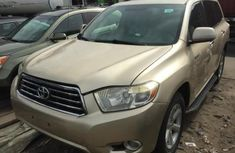 Almost brand new Toyota Highlander Petrol 2009 for sale