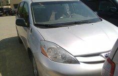 2008 Clean Toyota Sienna 4 sale