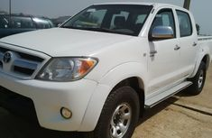 Buy and drive Tokunbo Toyota Hilux 2010 model for SALE
