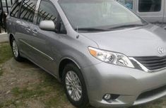 2012 Tokunbo Toyota Sienna for sale