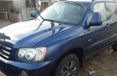 Very clean Toyota Highlander 2003 Blue for sale
