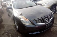 Almost brand new Nissan Altima Petrol 2009 for sale