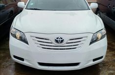 Tokunbo Toyota Camry 2008 White for sale